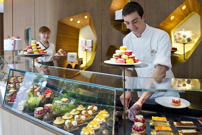 paris-cakeshop-mandarin-oriental
