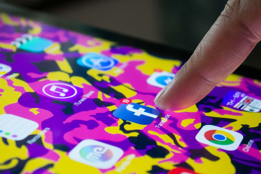 Faut-il quitter Facebook ?